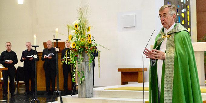 Vesper zum Todestag P. Franz Reinischs in der Kirche der Philosophisch-Theologischen Hochschule, P. Heribert Niederschlag SAC, (Foto: Timo Michael Keßler)