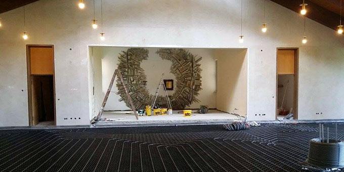 Die Hauskapelle erhält eine neue Fußbodenheizung (Foto: Huber)