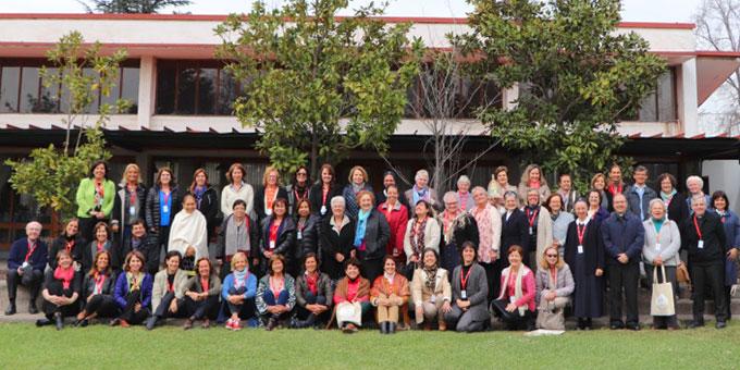Die Kongressteilnehmerinnen und -teilnehmer in Bellavista (Foto: Schönstatt Mütterbund)