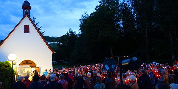 Eine große Wallfahrt aus dem Erzbistum Freiburg beim Urheiligtum in Schönstatt/Vallendar (Foto: Trieb)