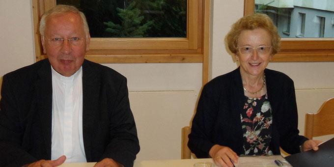 Dr. Gertrud Pollak und Dr. Peter Wolf hielten die Hauptreferate bei der JKI-Tagung in Oberkirch (Foto: Brüstle)