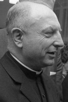 Weihbischof Heinrich Tenhumberg 1967 (Foto: Wikimedia, CC-BY-SA 4.0, Bundesarchiv B 145 Bild-F024641-0009)