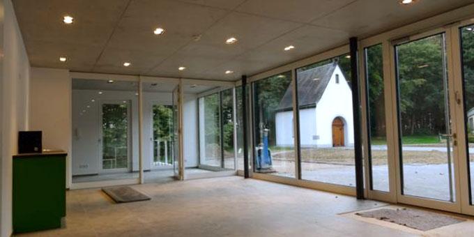 Aus dem Foyer wird man direkt zum Schönstatt-Heiligtum blicken können (Foto: Meyer)