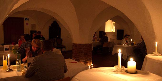 Candlelight-Dinner-Abend für Paare (Foto: misiones)