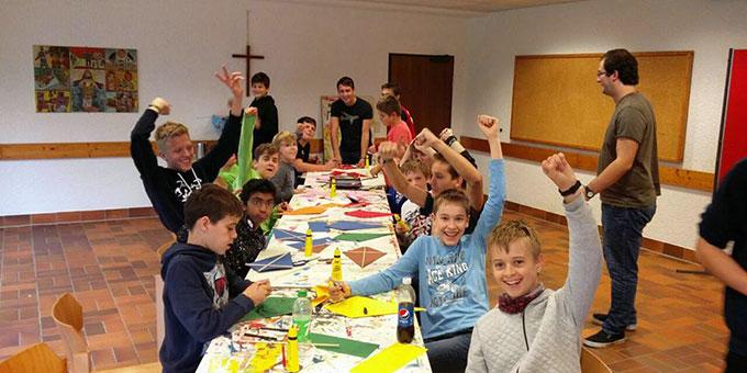 Einige Teilnehmer des Basiswochenendes im Jugendzentrum Marienberg, in Schönstatt/Vallendar (Foto: Schüßler)