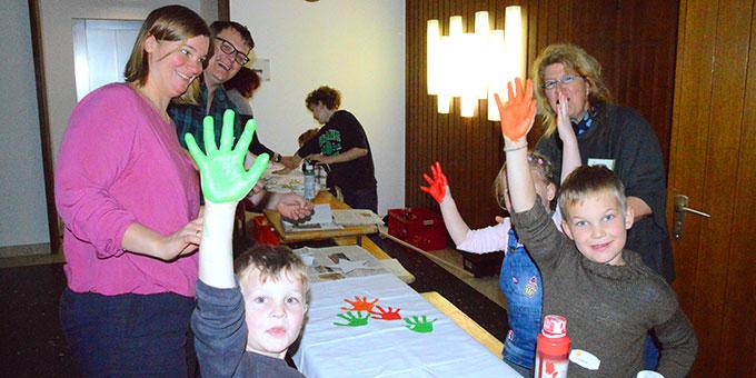 Kreativ-Spaß beim Familientag im Schönstattzentrum Borken (Foto: Rechtien)