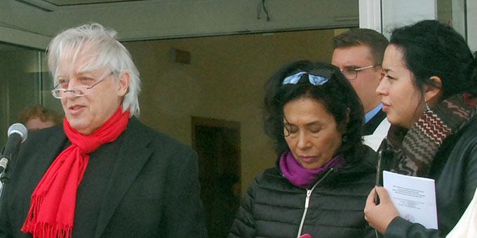 Zur Eröffnung ist Pörsch mit Frau und Tochter nach Belmonte gekommen (Foto: Brehm)