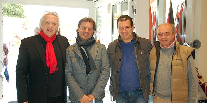 Architekt Rainer Pörsch mit Kollegen der italienischen Firmen (Foto: Brehm)