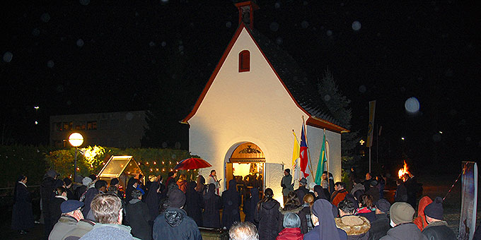 Feier der Erneuerung des Liebesbündnisses im Advent (Foto: Brehm)