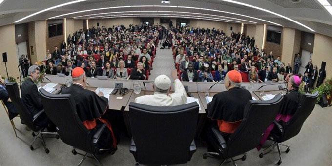 Ein Blick in die Synodenaula (Foto: twitter.com/synod2018)