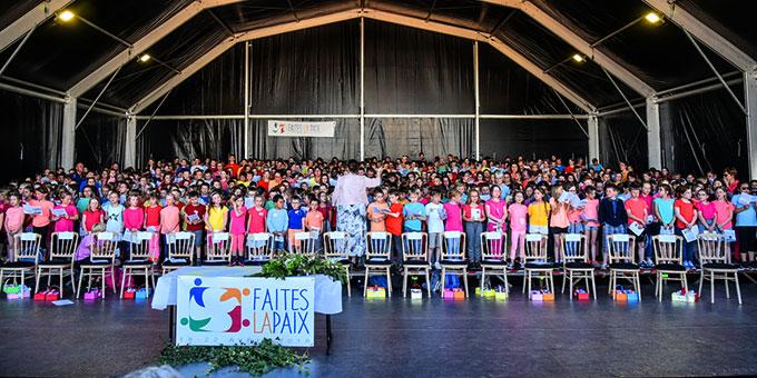 600 Kinder gestalteten die Feier auf der Loretto-Höhe mit (Foto: David Penez)