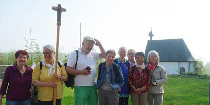 Vor der Schönstattkapelle in Bad Salzdetfurth (Foto: Maria Lohaus)