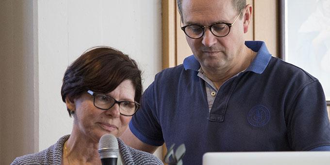Toni und Maria Lilek, Österreich, stellen das Ehevorbereitungsmodell der Schönstatt-Familienbewegung in Österreich vor (Foto: Brehm)