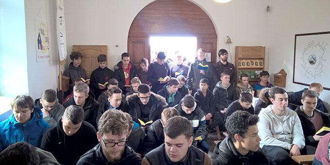 Gebetszeit im Schönstatt-Heiligtum von Óbudavár  (Foto: Bechtold)