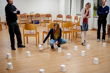 Mit kreativen Methoden setzten sich die Paare mit verschiedenen Themen auseinander (Foto: Platzer)