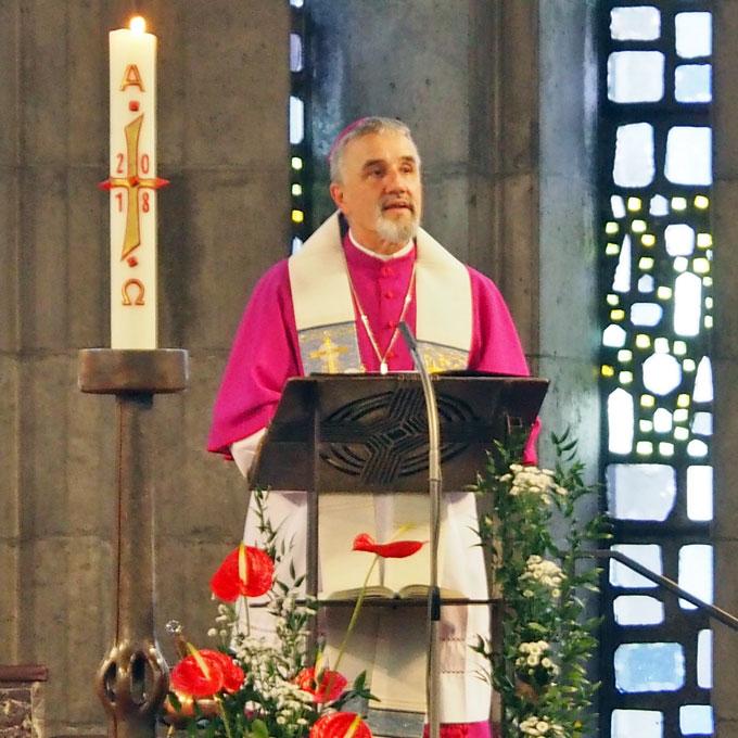 Klar und prägnant ist die Predigt des Weihbischofs (Foto: Gehrlein)