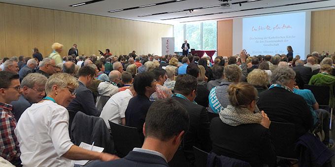 Hearing der Deutschen Bischofskonferenz (Foto: McClay)