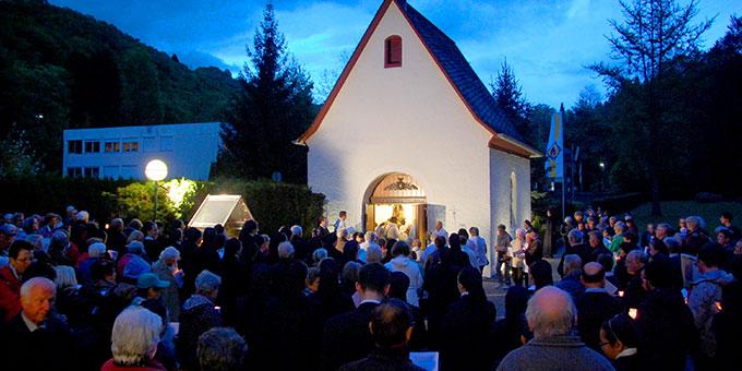 Mai-Eröffnungsfeier an der Gnadenkapelle in Schönstatt/Vallendar (Foto: Brehm)