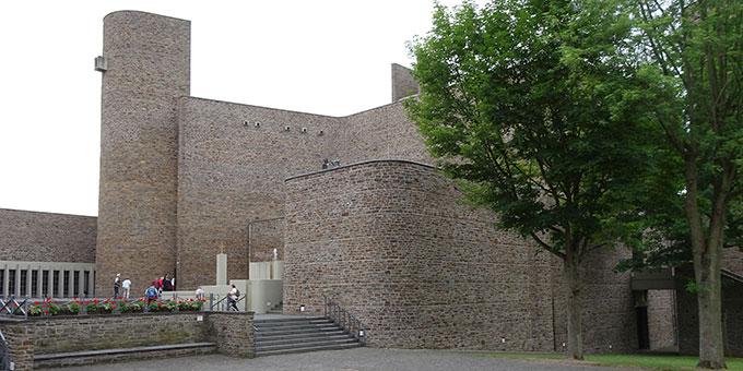 Besuch der Dreifaltigkeitskirche (Foto: Brück)