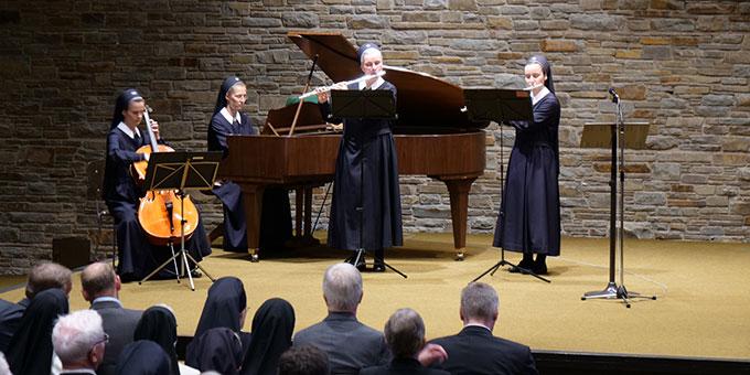 Ein Quartett der Schönstätter Marienschwestern sorgte für die musikalische Gestaltung des Festaktes (Foto: FM Cooper)