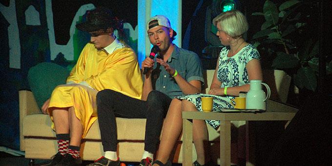 """Jonas Schneider trat als sportlicher """"Late-night-all-in Clown"""" auf (Foto: Brehm)"""