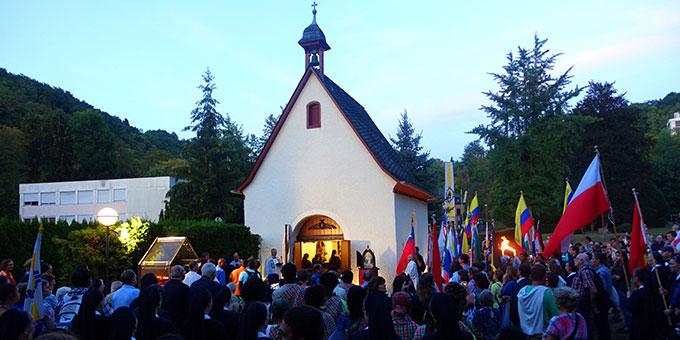 Bündniserneuerung am Urheiligtum (Foto: Trieb)