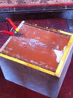 Der herausgerissene Tabernakel soll nun ersetzt werden (Foto: Callegri)