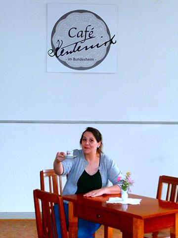 Schon mal Probetrinken im Café Kentenich (Foto: Anrika Dold)