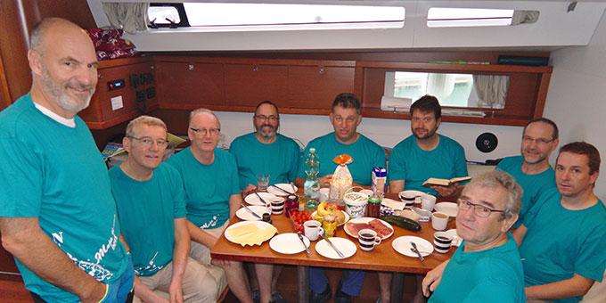 Die Crew unter Deck (Foto: Wittmann)
