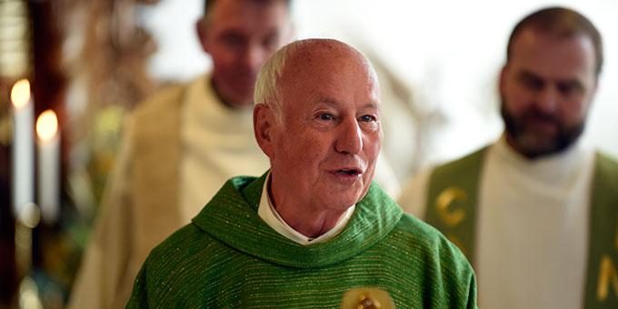 Pfarrer i.R. wird nach vielen Jahren aus der Zentrale der Schönstattfamilienbewegung verabschiedet (Foto: Kröper)
