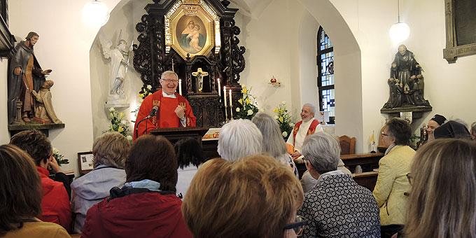 Heilige Messe mit Pater Ludwig Güthlein im Urheiligtum (Foto: SFM)