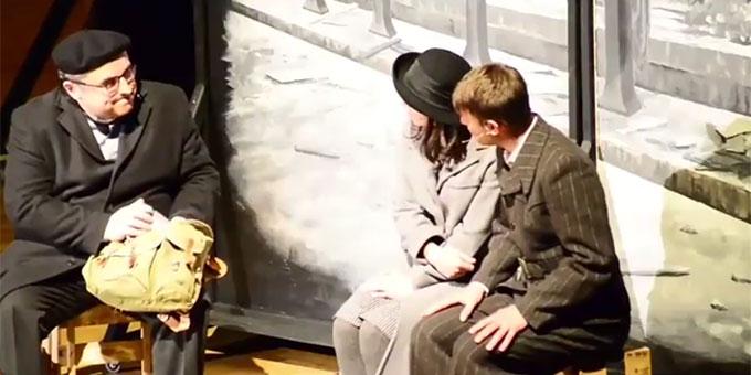 """Szene aus dem Musical: """"GEFÄHRLICH - Franz Reinisch"""""""