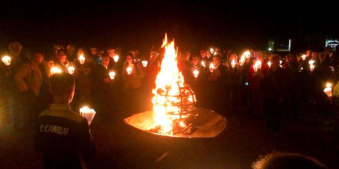 Feierstunde ums Engling-Feuer (Foto: Brantzen)