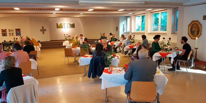 """Neun Paare nahmen am """"Brunch für Ehepaare"""" am 21. Oktober 2018 im Schönstatt-Zentrum München teil (Foto: Hagmann)"""