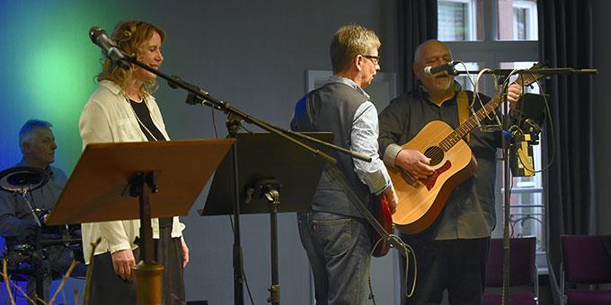 """Die """"Mugge Band"""" aus Herxheim begeisterte mit ihrem Auftritt bei der Matinee (Foto: Kröper)"""