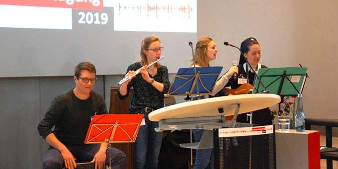 Musikalische Mitgestaltung (Foto: Brehm)