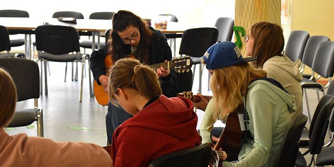 Gitarren-Crashkurs (Foto: Kerstin Heistermann)