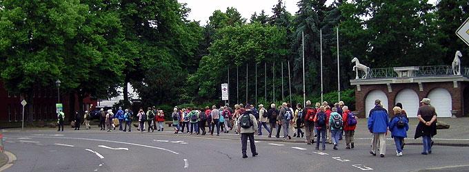 Auch die nächste Etappe des Pilgerweges nach Köln beginnt beim Geburtshaus Pater Kentenichs in Gymnich (Foto: Hahn)