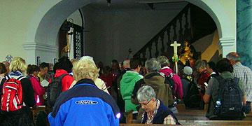 Tauferneuerung in der Taufkirche Pater Josef Kentenichs (Foto: Hahn)
