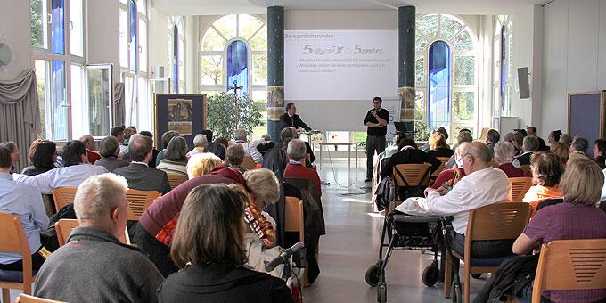 Der Richard-Henkes-Saal der Theologische Hochschule der Pallottiner war gut gefüllt (Foto: Grabowska)