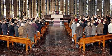 Abschlussgottesdienst mit Pfr. Hermann Weiß als Hauptzelebrant und Prediger (Foto: SAL)