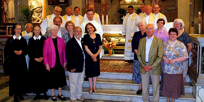 Gottesdienst am Grab des Heiligen Vinzenz Pallotti (Foto: Neiser)