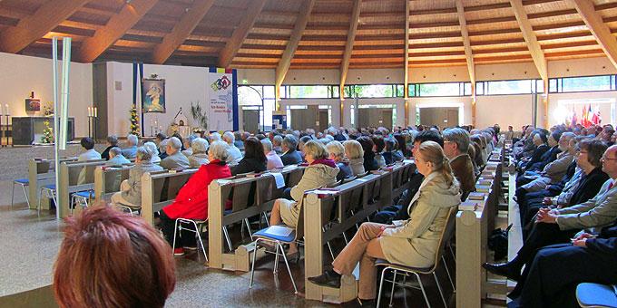 Über 500 Pilger beim Gottesdienst (Foto: Schönstatt Pilgerzentrale)