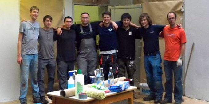 Eine aktive Truppe, die durch ihre Eigenleistung dem Veranstalter einige Tausend Euro Renovierungskosten erspart hat (Foto: SICT)