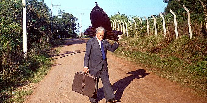 """Diakon João Luiz Pozzobon, Brasilien, unterwegs mit der """"Ur-Peregrina"""" (Foto: Archiv)"""