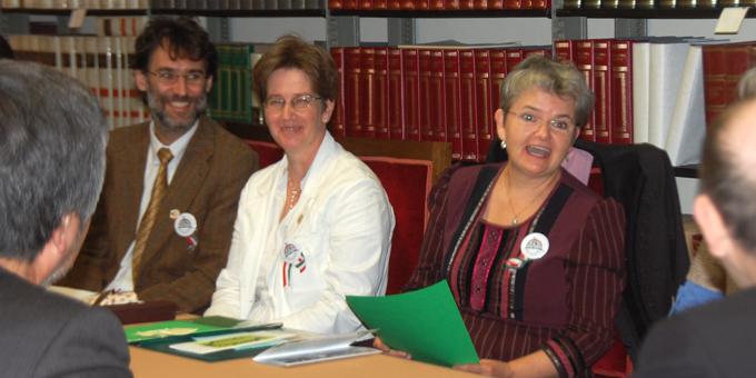 Die ungarische Delegation spricht über erfolgreiche Projekte der Erwachsenenbildung (Foto: Brehm)