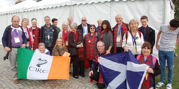 Erinnerungsfoto: Die Gruppe aus Schottland (Foto: Brehm)
