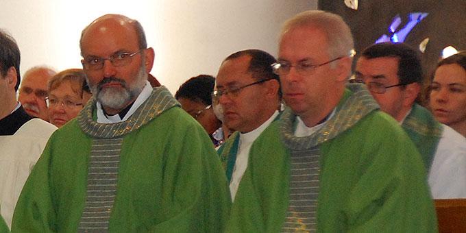 Pater Heinrich Walter ISCH (l) und Pater Martin Manus SAC (Foto: Brehm)