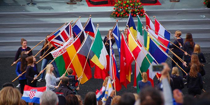 Internationale Willkommensfeier in der Pilgerarena in Schönstatt  (Foto: Brehm)