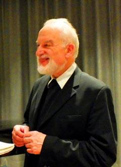 Der Herausgeber der Leisner Lebens-Chronik: Pfarrer Hans-Karl Seeger (Foto: Bühler)
